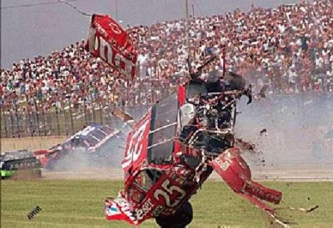 nascarcrash1.jpg