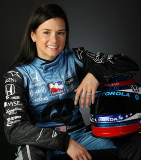 http://liberg.files.wordpress.com/2008/06/danica_patrick.jpg
